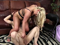 random slave gets huge phat ass be advantageous to mistress julie cash on his face