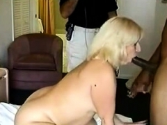 PAWG Wife goes to hand it with a huge BBC be useful to her red-letter day