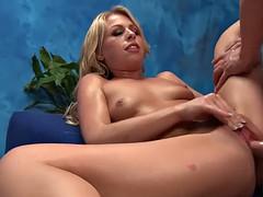 alluring gal sucks heavy cock