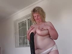 Huge dildo for hot bbw