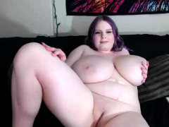 BBW White Chick Big Boobs Cam Portray