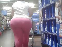 Candid Big Round Ass - Mature BBW Butt - Booty Voyeur