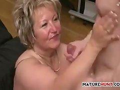 Large Mature Woman Fucking