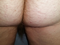 checking out her hairy ass crack as she jerks me off