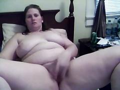 BBW masturbates on her cam