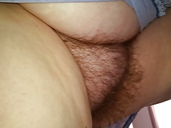 putting cream on her legs, i get to see her hairy pussy