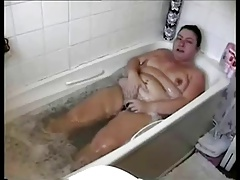 Bubble bath orgasm-daddi