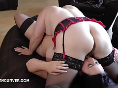 Sarah Jayne and Lacey Starr 69 each other