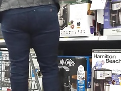 candid milf tight jeans