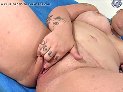 Chubby mom hither a chubby in flames vibrator