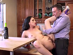 Brazzers - Vicki Chase - Authoritative Wife Stories