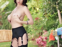 Babes - DANCING Around MYSELF Shay Laren