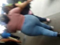 pretentiously buttocks bbw latina in tight jeans